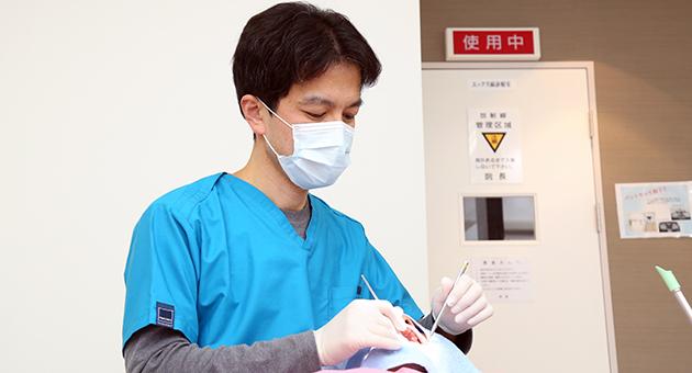 医師の診療風景